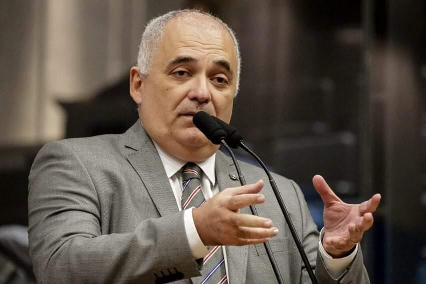 Deputado Marco Aurélio critica Geraldo Julio por falhas no combate ao Covid-19