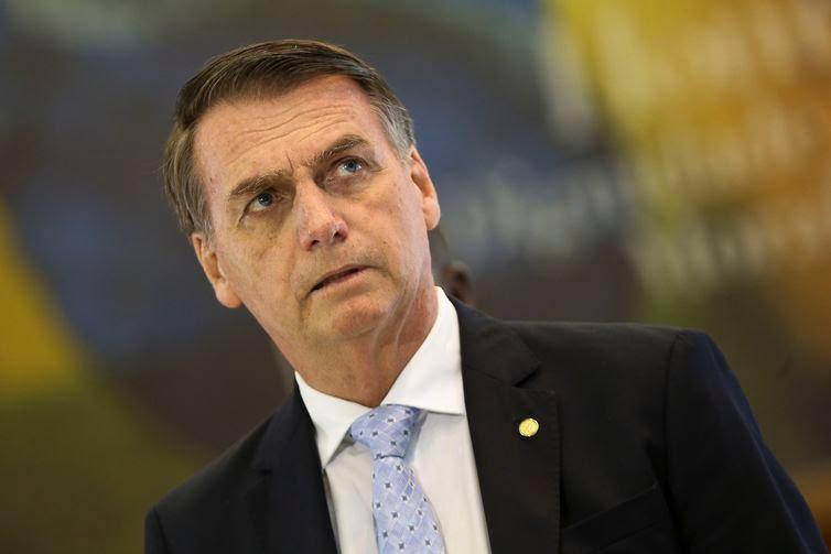 """Jair Bolsonaro afirma: """"Tudo aponta para uma crise"""""""
