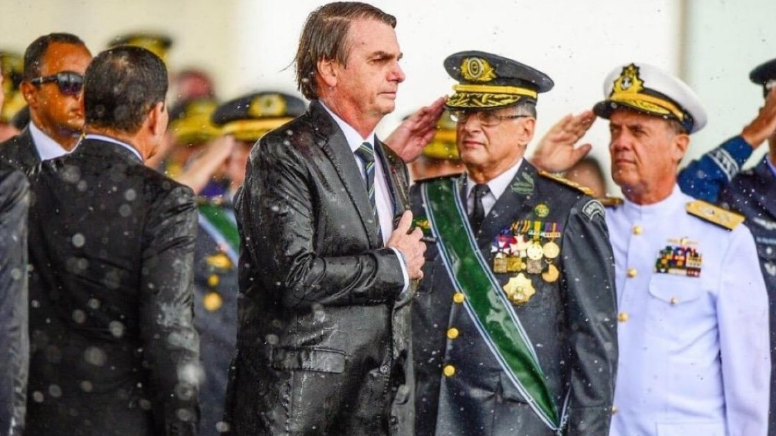 Nota de Bolsonaro  encurrala futuro julgamento para derrubar o Governo