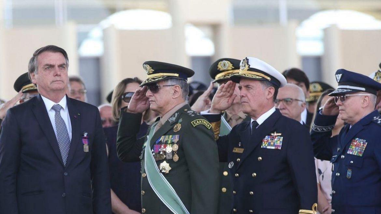 Alto escalão das Forças Armadas faz duras críticas ao Min. Celso de Mello