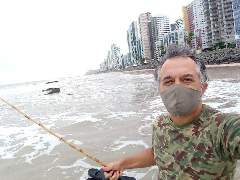 """""""Vim pescar minha liberdade"""", disse Hilton Azevedo antes de ser detido na manifestação"""