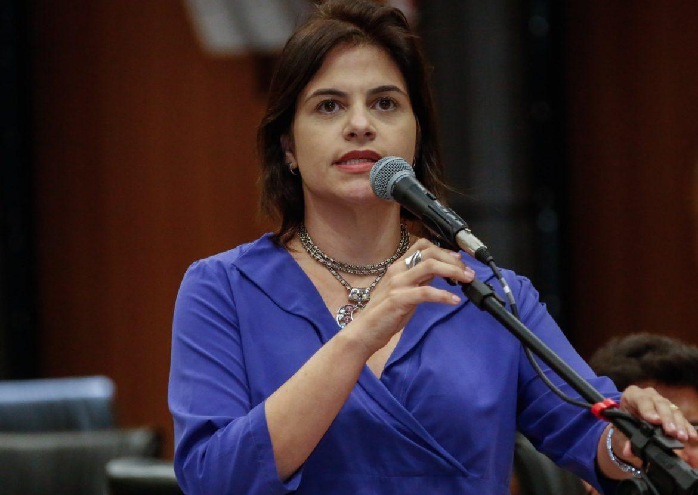 Priscila Krause denuncia sete dispensas de licitação da Prefeitura do Recife ao MPF, CGU e TCE