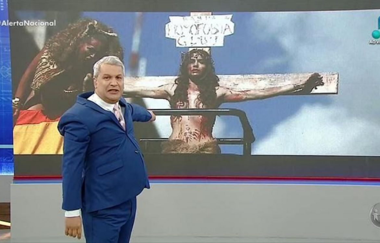 Sikêra Jr é condenado a pagar R$30 mil a artista que encenou Jesus Trans