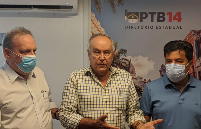 """""""A PCR não é uma plataforma de estágio"""", diz Armando Monteiro em apoio a Mendonça Filho"""