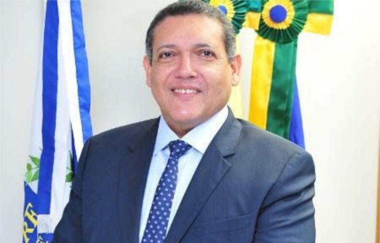 Bolsonaro pode indicar o desembargador Kassio Nunes para o STF