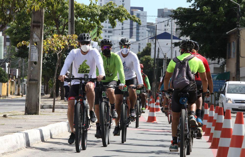 Ciclofaixa marca abertura do verão em Jaboatão, neste feriado