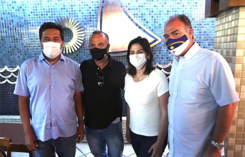 Mendonça se reúne com ministro Rogério Marinho e pede apoio do governo Bolsonaro para o saneamento e a habitação do Recife