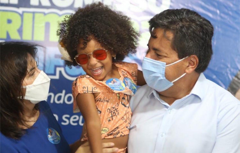 Mendonça e Priscila criarão 10 mil vagas em creches no Recife