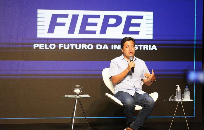 Na FIEPE, Mendonça diz que Recife vai deixar de ser a capital do desemprego