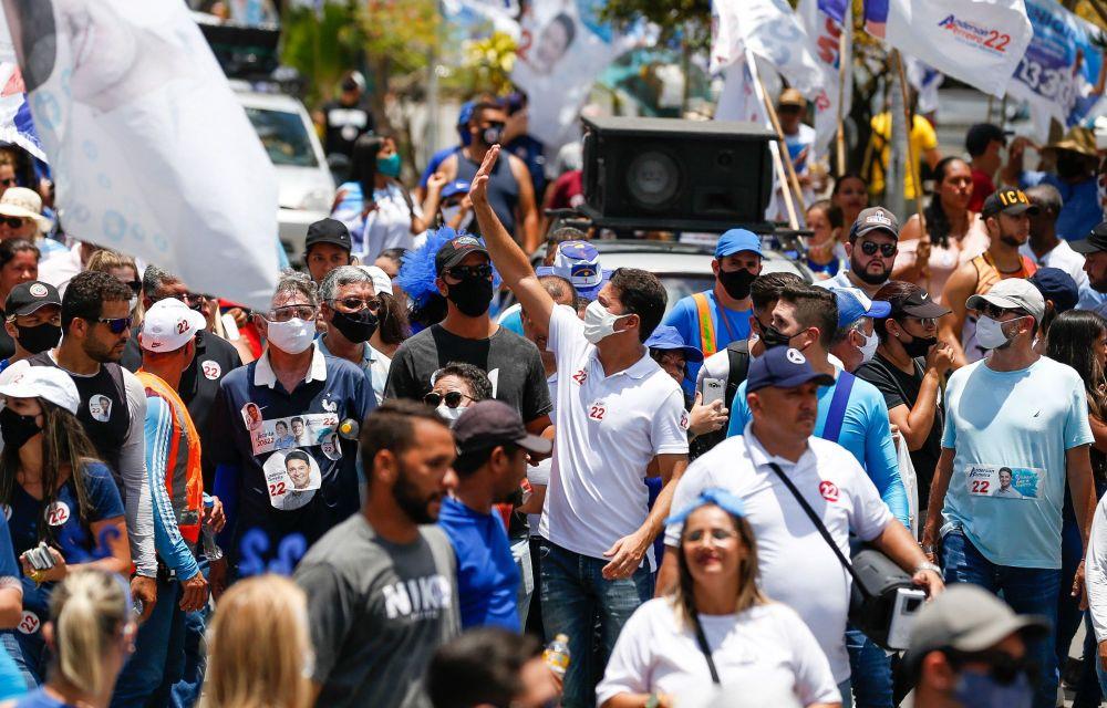 Caminhada no Curado 4 marca sábado de campanha à reeleição de Anderson Ferreira no Jaboatão