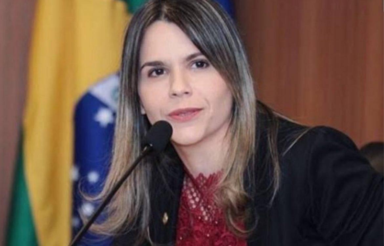 Clarissa Tércio cobra informações sobre destinação de equipamentos adquiridos na Pandemia