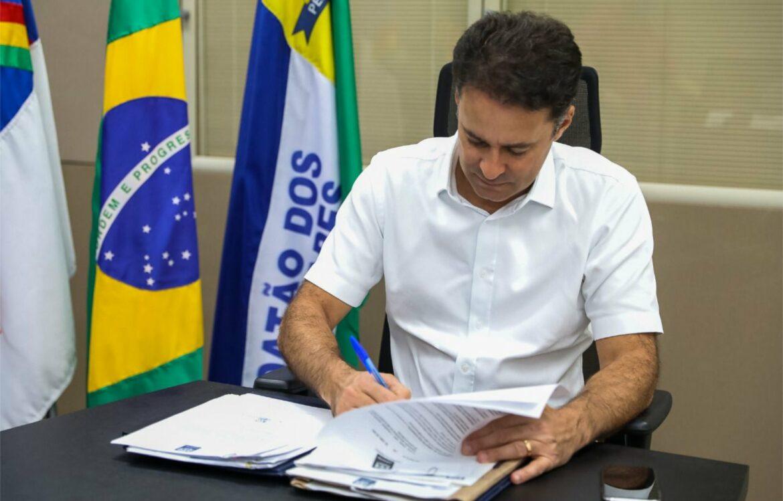 Jaboatão antecipa 2ª parcela do 13º, nesta sexta-feira, e injeta R$ 21,8 milhões na economia
