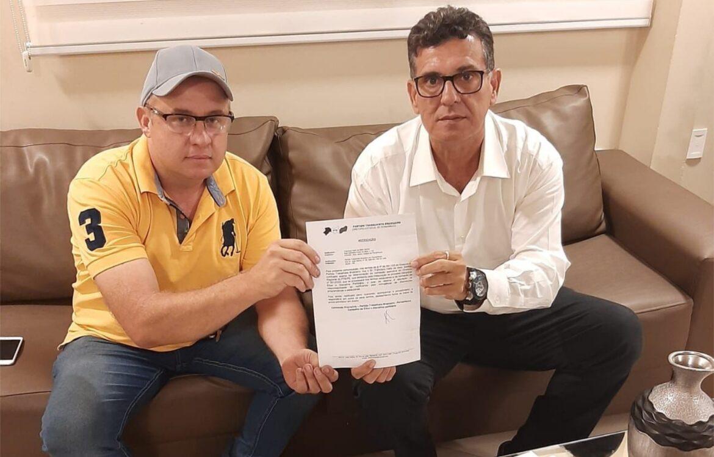 Belo Jardim: Coronel Meira abre processo de expulsão contra Hélio dos Terrenos e dissolve o PTB da cidade