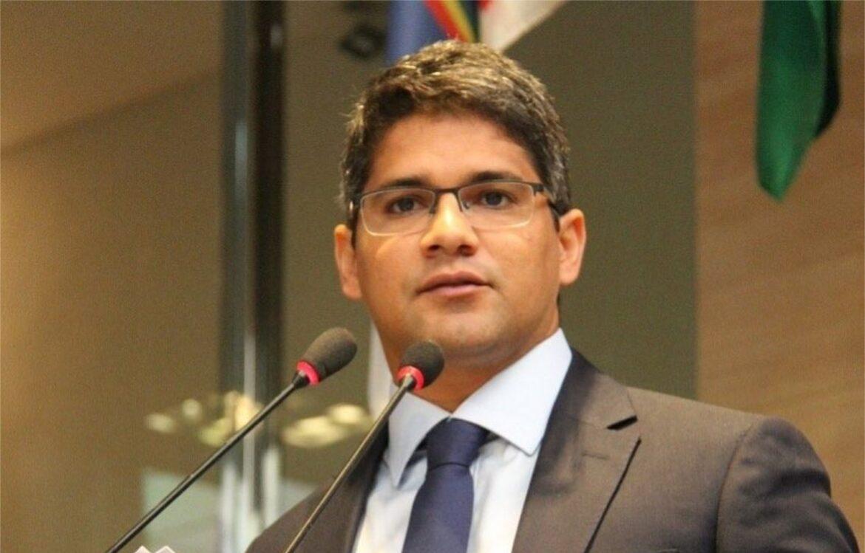 Renato Antunes aciona o TCE por compra milionária da Prefeitura do Recife no apagar das luzes
