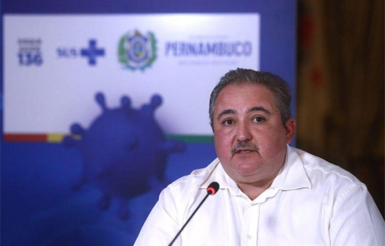 TCE multa secretário de Saúde de Pernambuco por sonegar informações