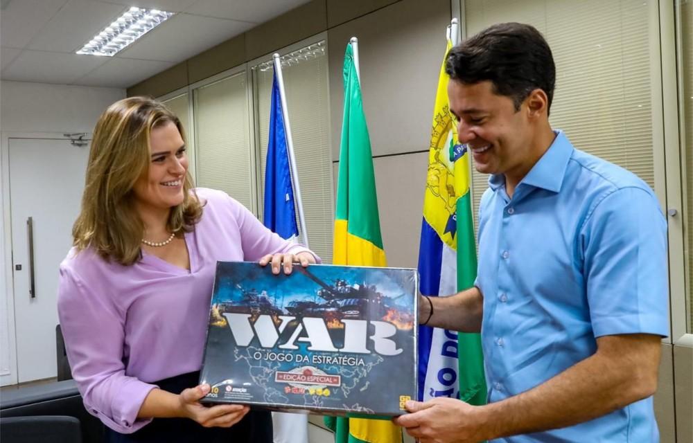 Anderson Ferreira recebe Marília Arraes na Prefeitura do Jaboatão