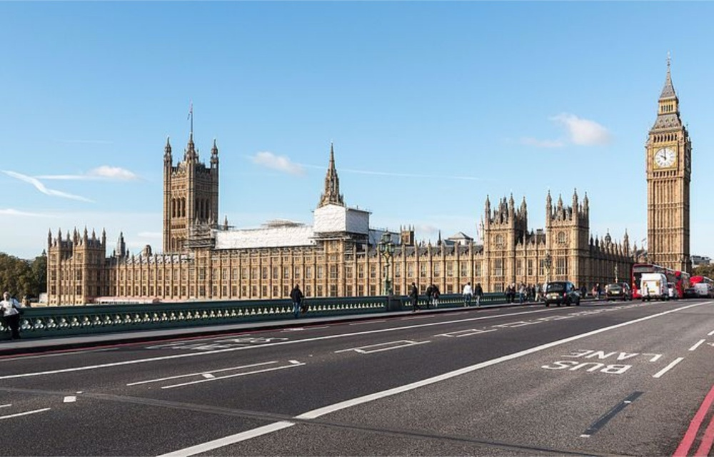 Reino Unido inicia terceiro lockdown nesta terça-feira