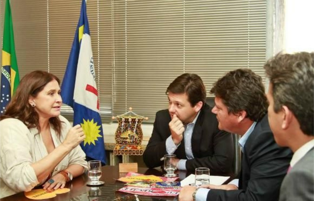 Prefeitura do Recife faz pagamento de R$ 200 mil a Fafá de Belém