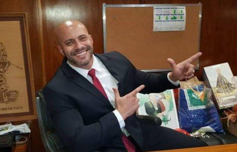 Base de Bolsonaro articula derrubada da prisão de Daniel Silveira na Câmara
