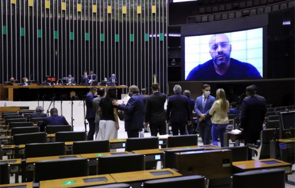 Câmara decide manter prisão do deputado Daniel Silveira