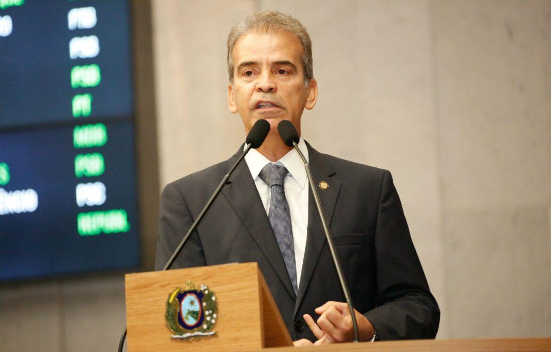 Alberto Feitosa critica aumento da violência em Pernambuco