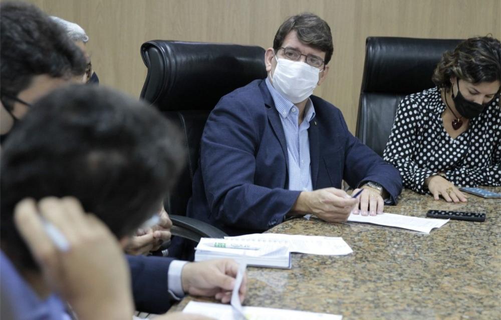 Alcides Cardoso cobra esclarecimentos sobre empréstimo da Prefeitura do Recife