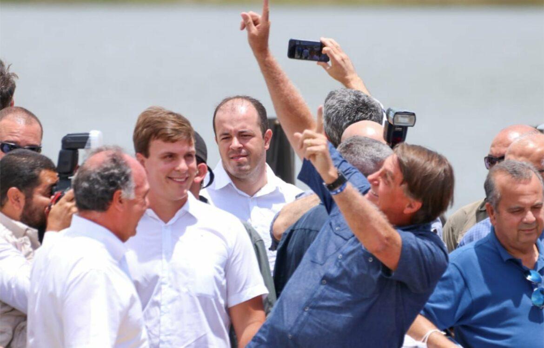 FBC e Miguel Coelho acompanham Bolsonaro em visita a Pernambuco