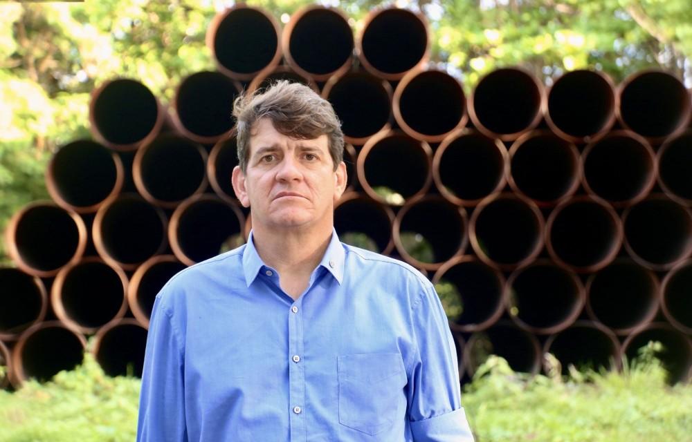 """""""João Campos não acredita na recuperação do Capibaribe"""", diz Alcides Cardoso ao cobrar da prefeitura ações contra o abandono e descaso com o rio"""