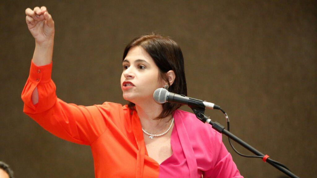 Se CPI investigar o Recife, não sobra pedra sobre pedra, diz Priscila Krause