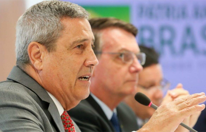 """""""As Forças Armadas estão preparadas e prontas a servir aos interesses nacionais"""", diz General Braga Netto"""