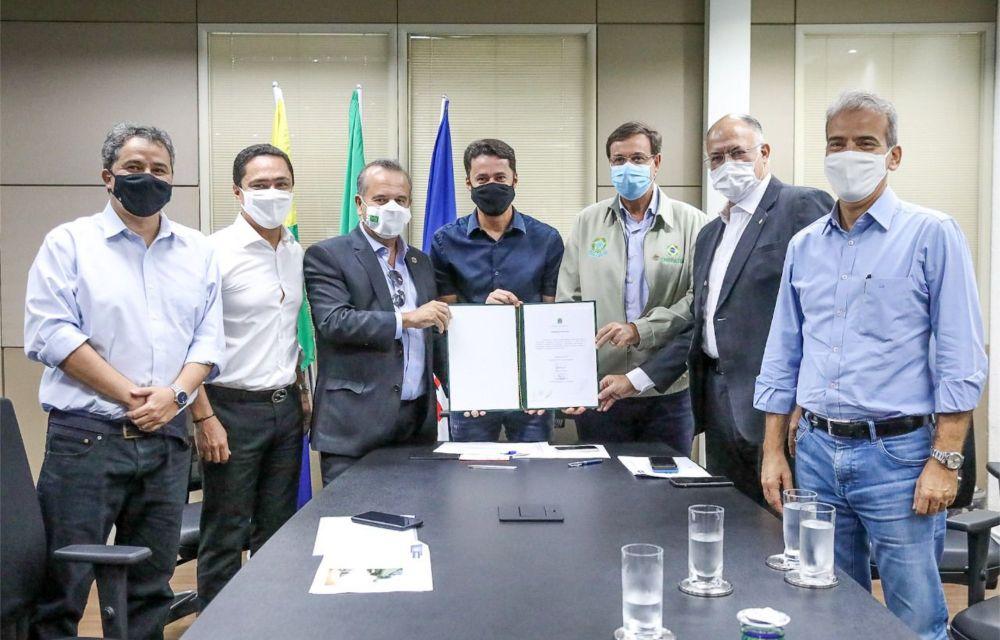Anderson Ferreira recebe ministros Rogério Marinho e Gilson Neto para anunciar investimentos de R$ 50 milhões no Jaboatão