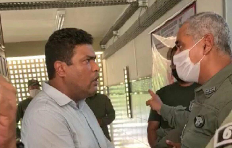 Confusão: Joel da Harpa é impedido de fiscalizar vacinação dos PMs