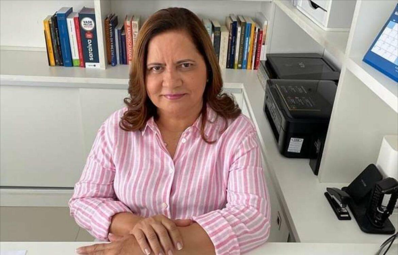 Prefeita Célia Sales solicita ao Governo a volta do comércio de praia