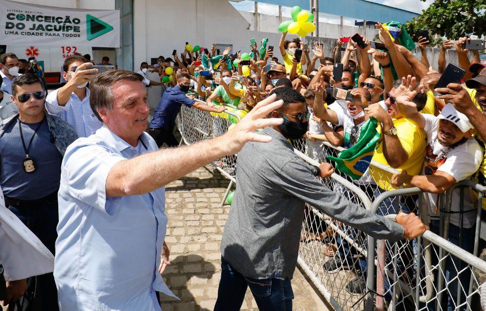 """""""Está chegando a hora de o Brasil dar um novo grito de independência"""", diz Bolsonaro em recado aos governadores"""