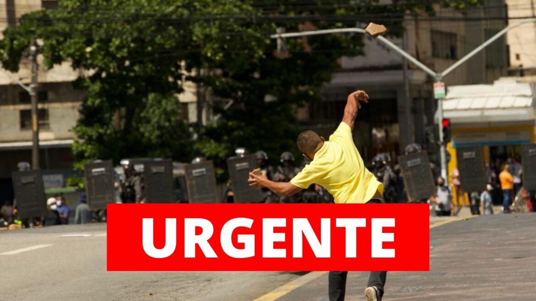 Esquerda jogou pedras na PM em ato contra Bolsonaro no Recife, dizem movimentos