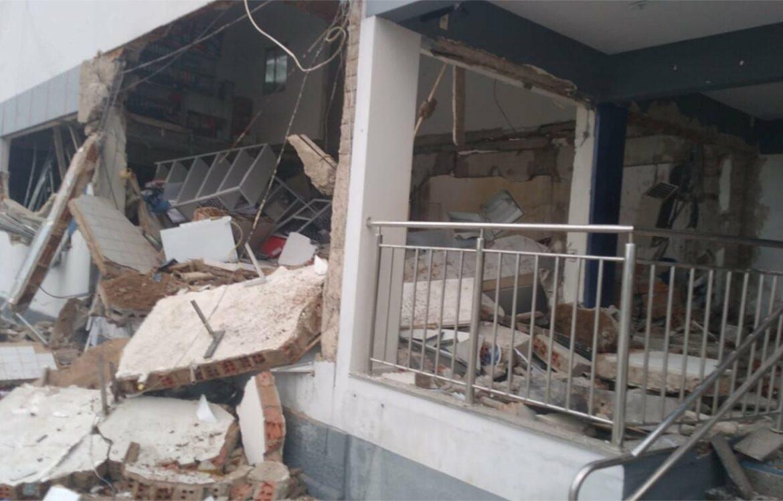 Bandidos explodem agência da Caixa no sertão de Pernambuco