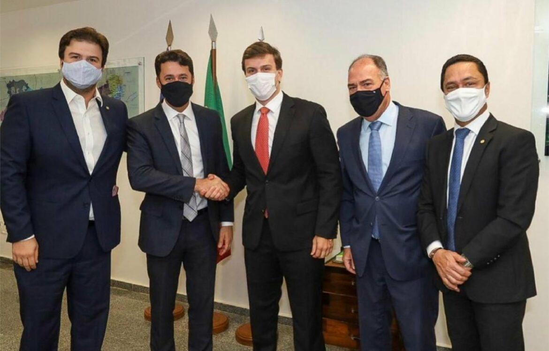 Anderson Ferreira e Miguel Coelho reforçam união contra o PSB em 2022