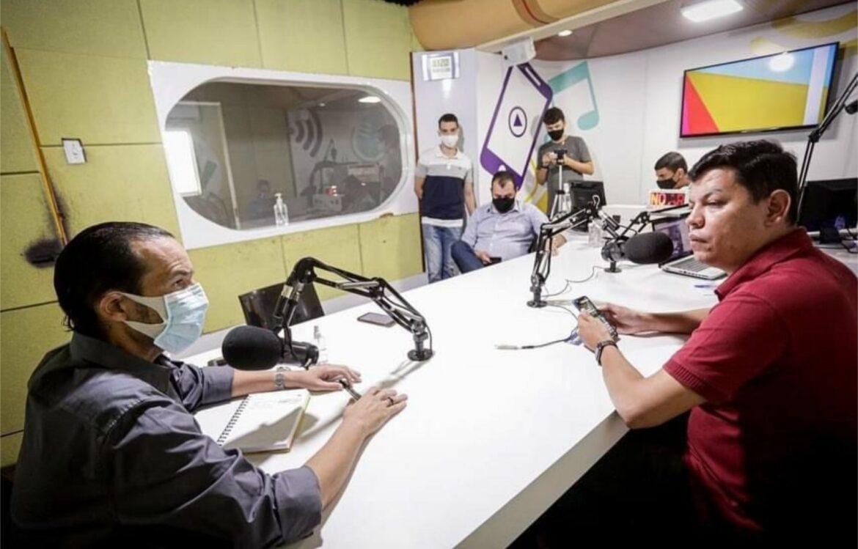 """Vice-líder de Paulo Câmara elogia Miguel Coelho: """"ele eu sei que tem coragem"""""""