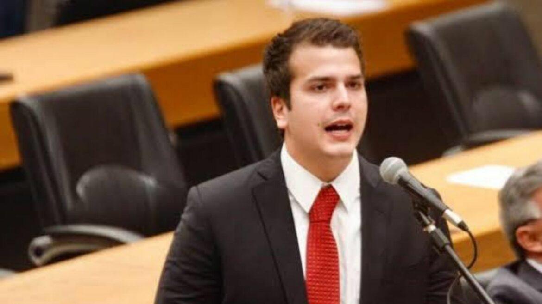 Governo procura bode espiatório para confronto no Recife, diz Antonio Coelho