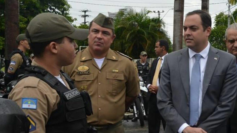 Paulo Câmara desmoraliza a PMPE ao exonerar o Comandante Vanildo Maranhão
