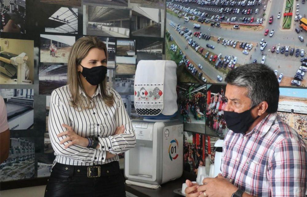 Em Santa Cruz do Capibaribe, Clarissa Tércio critica Paulo Câmara e fechamento do comércio