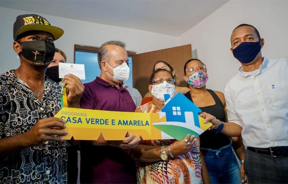 Em Olinda, 432 famílias recebem moradias do Governo Federal