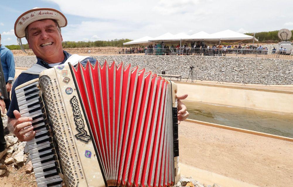 Bolsonaro libera R$ 38 milhões para conclusão de barragem no Nordeste