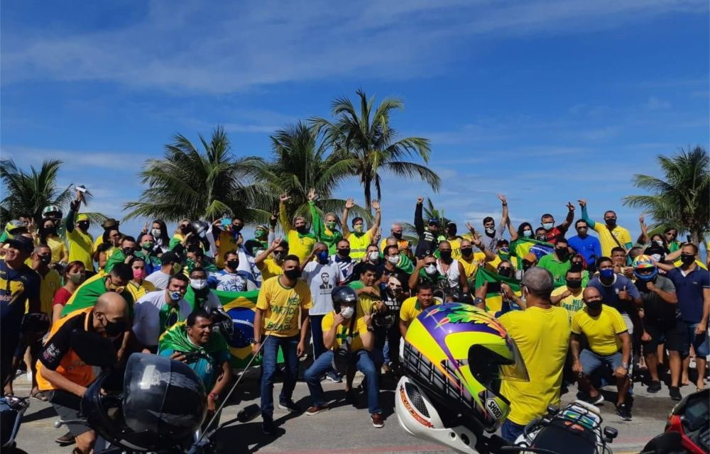 Deputado Coronel Feitosa participou da motociata bolsonarista no Recife