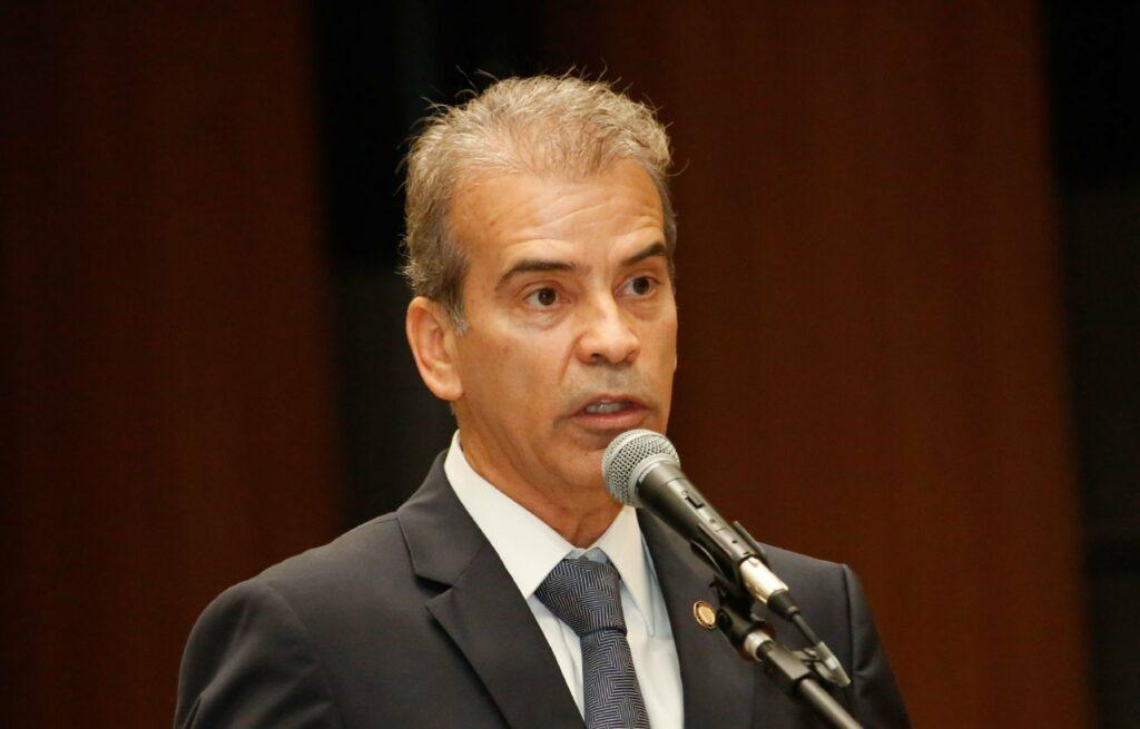 Feitosa requer CPI para apurar responsável por atuação da PM em manifestação no Recife
