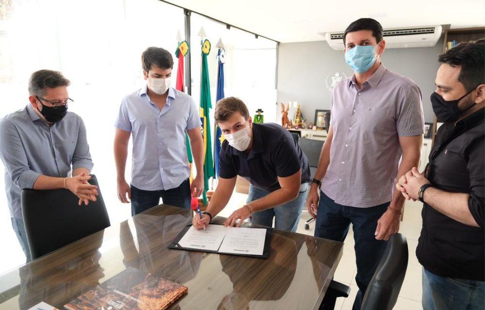 Miguel Coelho anuncia duplicação de mais uma avenida em Petrolina