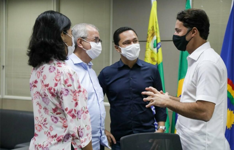 Anderson Ferreira apresenta programa de Economia Solidária ao prefeito de Gravatá