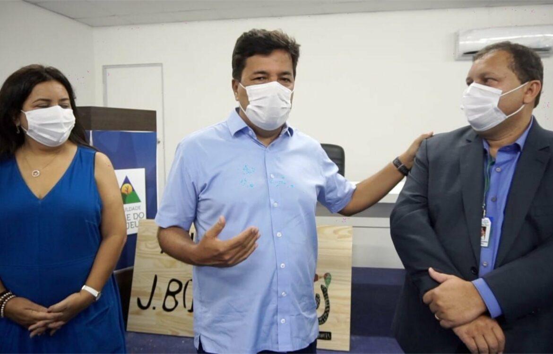 Em Bezerros, Mendonça visita nova faculdade autorizada pela sua gestão no MEC