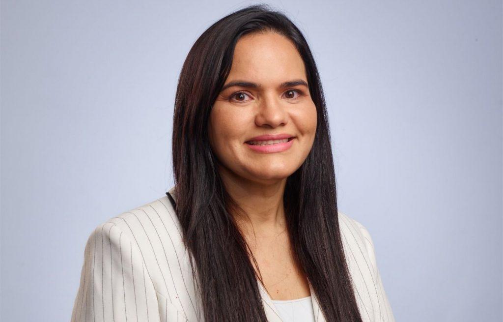 Movimento Pró-Vida PE concede Voto de Aplauso a Michele Collins