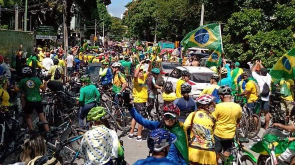 Bolsonarismo voltou a ser visto nas ruas do Recife nesse domingo